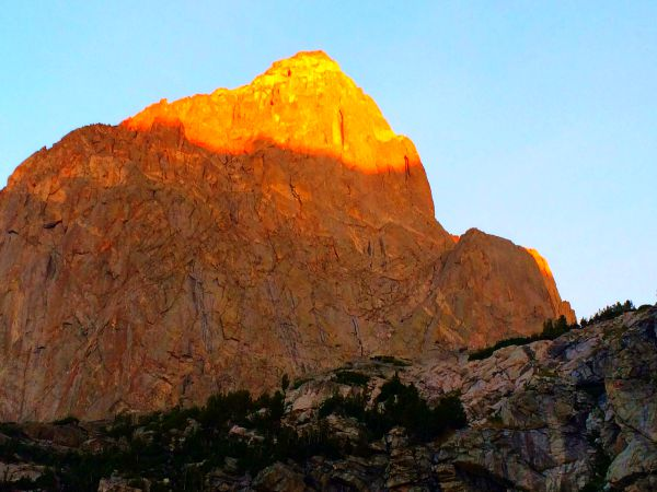 Alpenglow on Warbonnet Peak.